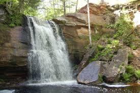 Michigan waterfalls images 10 hidden gem waterfalls of michigan 39 s upper peninsula travel jpg
