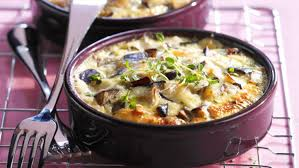 cuisiner aubergine facile clafoutis d aubergine facile et pas cher recette sur cuisine actuelle