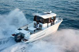 695 best z and gt images on jeanneau merry fisher 695 marlin best of boats award