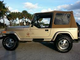 sahara jeep 2 door 1993 jeep wrangler sahara sport utility 2 door 4 0l one owner