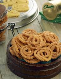 chakli recipe how to chakli chakli jar snack recipe by tarla dalal tarladalal com 40487