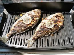 cuisiner une daurade barbecue à la marseillaise deuxième daurade grillée au citron