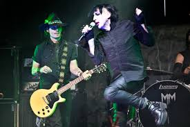 marilyn manson halloween marilyn manson performs with special guests johnny depp and die