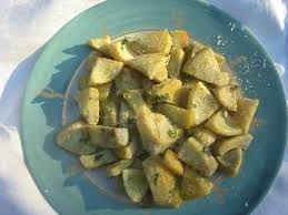 cuisiner coeur d artichaut recette de fonds d artichaut sautés la recette facile