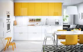 credence cuisine blanche crédence pour cuisine stylée en 25 exemples modernes