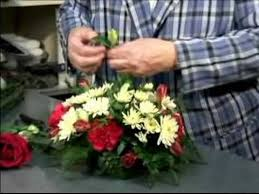 how to make flower arrangements how to make a table flower arrangement tips for table