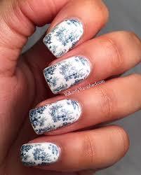 toile nail art with la vita e bella toile du jouy nail decals