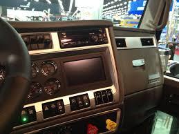 kenworth box truck icon 900 kenworth u0027s tribute to a trucker u0027s truck