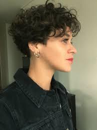 valentina cárdenas espinoza short curly hair pixie hairstyles to