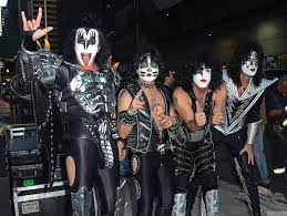 paul stanley halloween costume tommy thayer pictures photos u0026 images zimbio