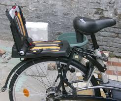 siege enfant velo decathlon siège vélo arrière bobike junior 5 à 10 ans pour vélo avec ou sans