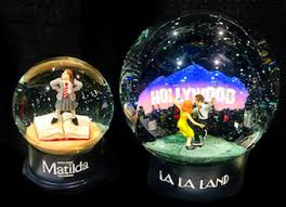 snow globe l post queen of snow globes the hateful eight queen of snow globes