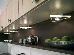 lumiere meuble cuisine eclairage meuble cuisine beautiful eclairage meuble de cuisine