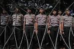 Resultado de imagen para related:www.todayonline.com/commentary/jokowi-police-and-military-balancing-act jokowi