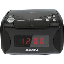 amazon com sylvania alarm clock radio with cd player and usb amazon com sylvania alarm clock radio with cd player and usb charging home audio theater