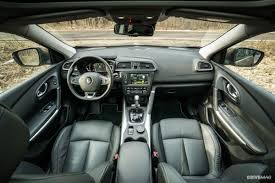 renault kadjar interior 2017 renault kadjar 1 2 tce edc test drive strained refinement