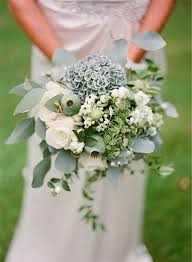 wedding flowers for september sea greeny blue september i heart flowers wedding bouquet
