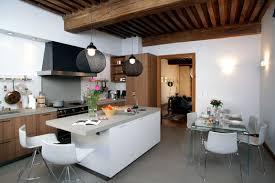cuisine dans maison ancienne cuisine moderne dans maison ancienne