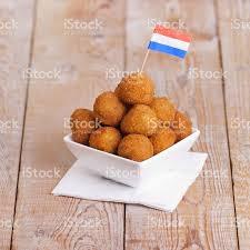 niederl ndische k che niederländische küche bittergarnituuroderbitterballen frittierte