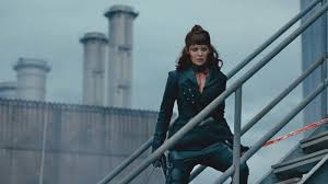 who is the woman in the target black friday commercials 2017 into the badlands season 2 episode 1 amc