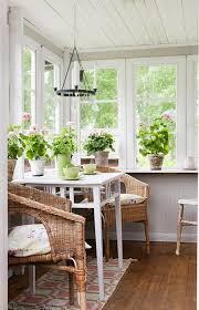 Best Colors For Sunrooms Best 25 Sunroom Furniture Ideas On Pinterest Sunroom Decorating
