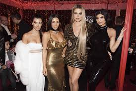 everything we know about the 2017 kardashian christmas card on