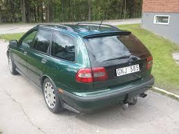 volvo station wagon 1998 2000 volvo v40 information and photos zombiedrive