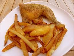 cuisiner une cuisse de poulet cuisses de poulet au four et frites maison recettes à base de