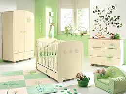 chambre bébé vertbaudet chambre bebe vert chambre bacbac verte tapis chambre bebe