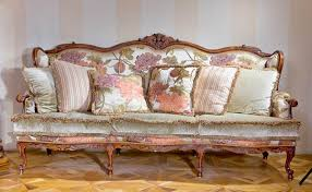 Floral Living Room Furniture Living Room Furniture Modern Interior Trends In Sofas And Chairs