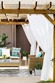 modele jardin contemporain 40 idées de pergola avec rideaux moderne dans le jardin