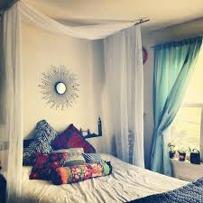 Make Curtains Out Of Sheets Best 25 Curtain Over Bed Ideas On Pinterest Canopy Over Bed