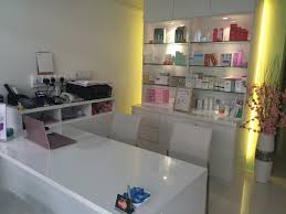 Reception Desk With Display Hair Salon Interior Design Ideas With White Reception Desk