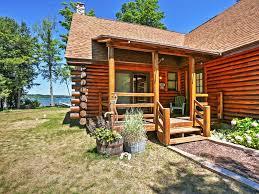 2br lake leelanau log cabin w private dock lake leelanau