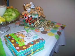 jungle baby shower ideas real jungle baby shower see the photos and read the story