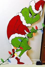 the grinch christmas decorations the 25 best grinch christmas lights ideas on green