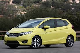 honda fixes fit flaw improves performance on key crash test w