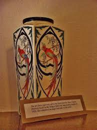 Deco Vase Art Deco Vase On Mantel Of Gate Lodge Picture Of Pittock Mansion