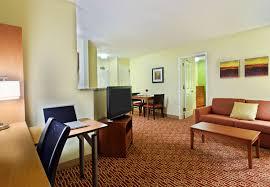 hotels with 2 bedroom suites in savannah ga hotels in savannah ga towneplace suites savannah midtown