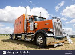 kenworth tractor trailer kenworth truck stock photos u0026 kenworth truck stock images alamy