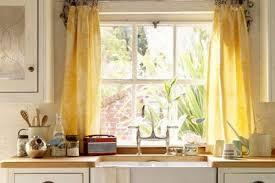 Make Kitchen Curtains by 30 Terrific Kitchen Curtain Ideas Slodive