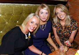 Sofa King Saturday Night Live by Crowds Flock To Rita U0027s In Belfast On Saturday Night Belfast Live