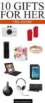 holiday gifts 10 stylishly chic tech gadgets easy gifts aunt