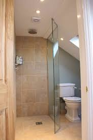 Showers And Tubs For Small Bathrooms Best 25 Attic Shower Ideas On Pinterest Attic Bathroom Master