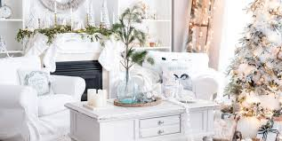 Christmas Livingroom by 20 Best Holiday Decorating Ideas For Small Spaces Christmas