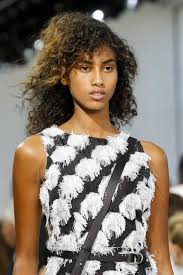 hair color for dark skin 20 ideas to intensify your look for fall