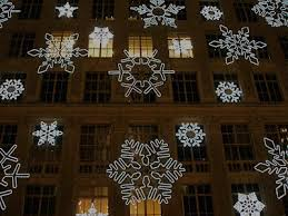 saks fifth avenue black friday nyc nyc saks fifth avenue snowflake led lights