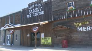 rogue valley family fun center to stay open during country