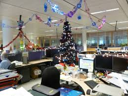 creative inspirational work place christmas decorations throughout