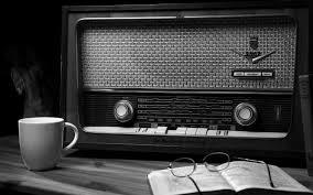 Radio Black Background Home Page En